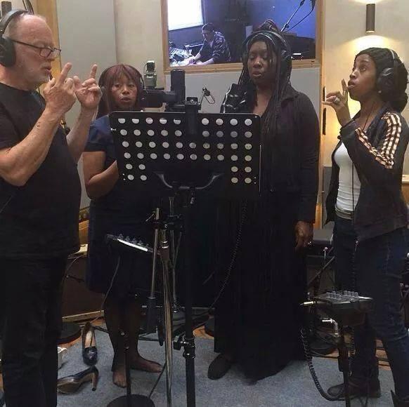 David Gilmour in studio